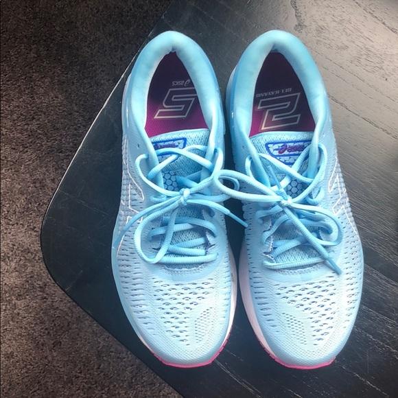 Asics Shoes - ASICS Gel Kayano 25 shoes